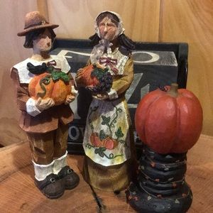 Pilgrim & Pumpkin Figurines